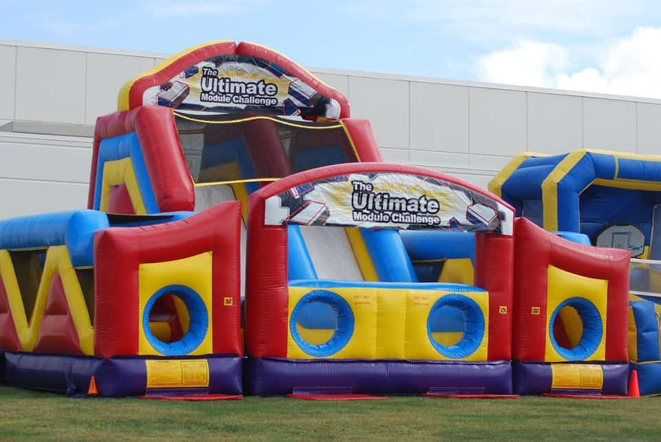 4 Solid Ways to Promote Your Inflatable Rental Website